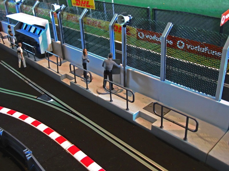 Pl Pw 1 One Pit Wall Section Slot Track Scenics
