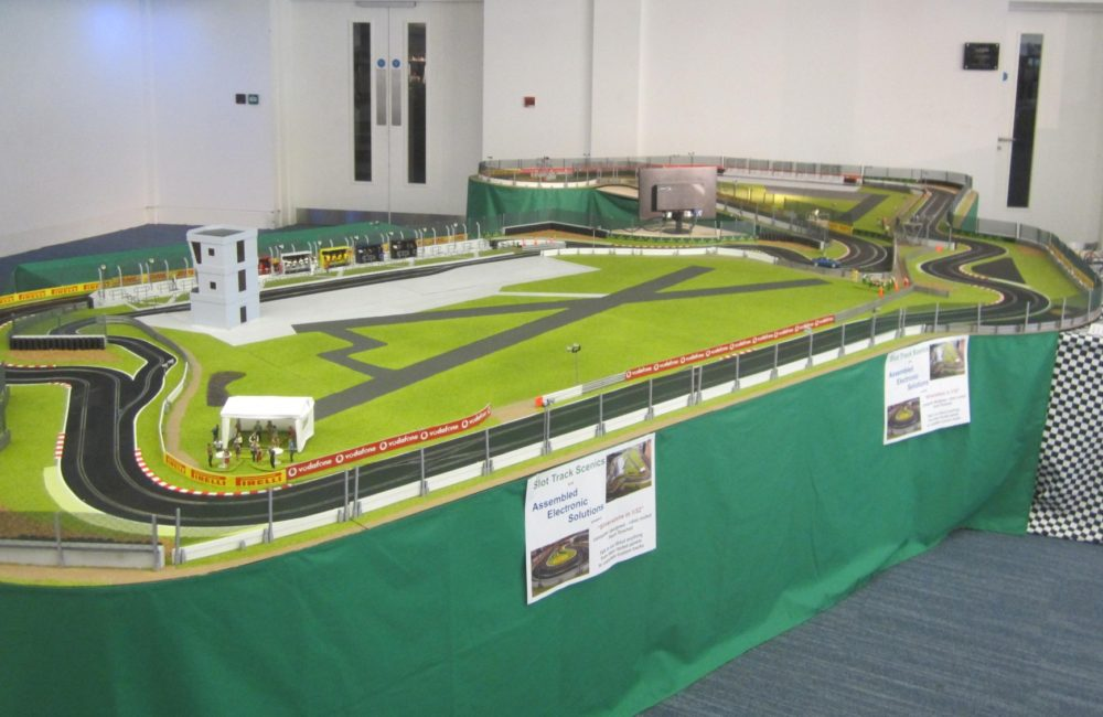 Silverstone In 1 32 Scale Judged To Be Best Track At Uk Slotcar Festival 2016 Slot Track Scenics