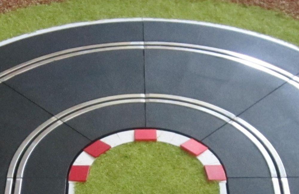 Radius 4-22.5 x 4 SLOT TRACK SCENICS K-R4 Kerb for Scalextric