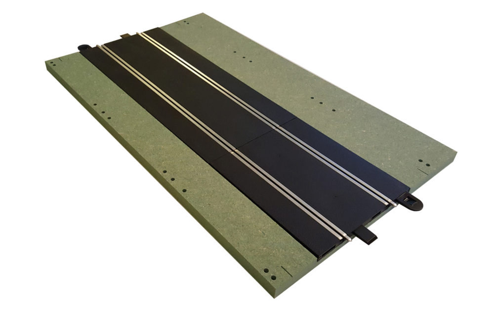 MTP - 5 : Full straight. Bare panel with track.