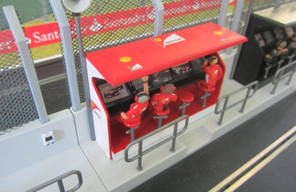 Ferrari style TS