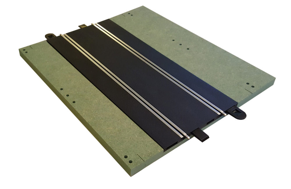 MTP - 4 : Full straight. Bare panel with track.