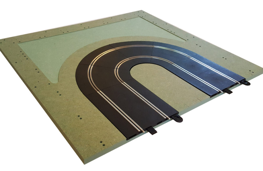 MTP - 6 : Hairpin. Bare panel with track
