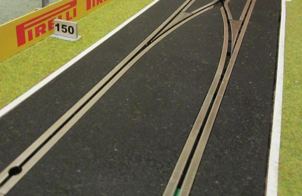 White line - straight